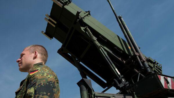 Inspectores militares rusos visitarán unidades en Alemania - Sputnik Mundo