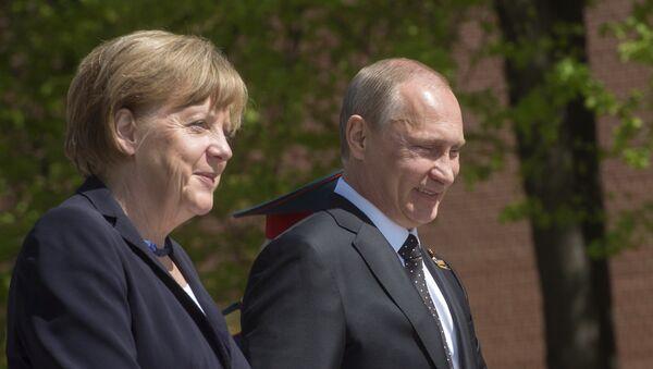 Angela Merkel, canciller de Alemania, y Vladímir Putin, presidente de Rusia (archivo) - Sputnik Mundo