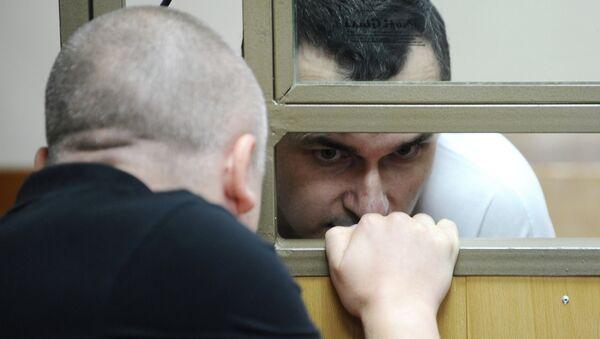 Первое слушание по уголовному делу в отношении украинского режиссера Олега Сенцова - Sputnik Mundo