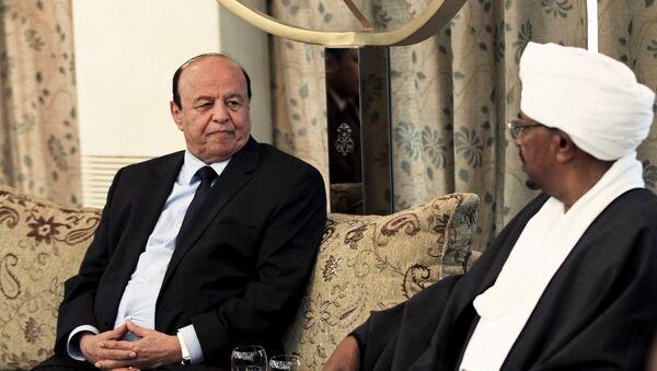 Presidente de Yemen Abdo Rabu Mansur Hadi y presidente de Sudán Omar al Bashir - Sputnik Mundo