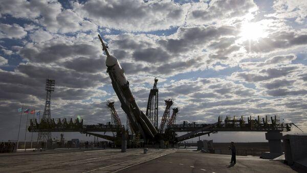 Soyuz TMA-18M en el cosmódromo de Baikonur - Sputnik Mundo