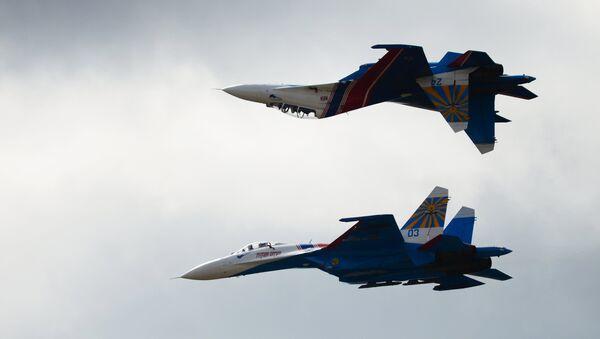 Aviones Su-27 - Sputnik Mundo