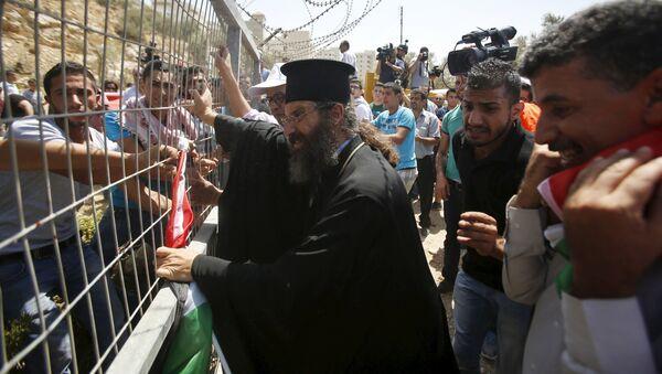 El muro de Cisjordania destruye los olivos de Beit Yala - Sputnik Mundo