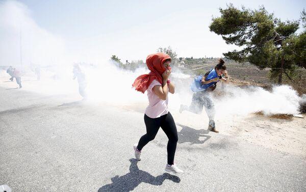 Protesta en Nabi Saleh - Sputnik Mundo