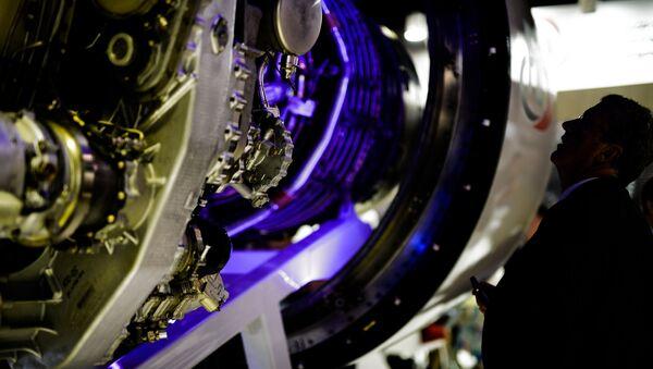 Motor aeronáutico PD-14 presentado en el salón MAKS - Sputnik Mundo