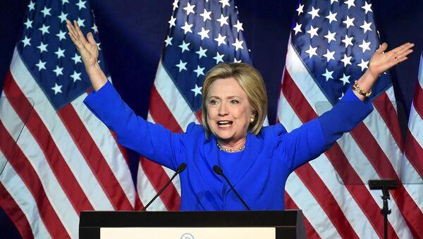 Hillary Clinton, precandidata demócrata a la presidencia de EEUU - Sputnik Mundo