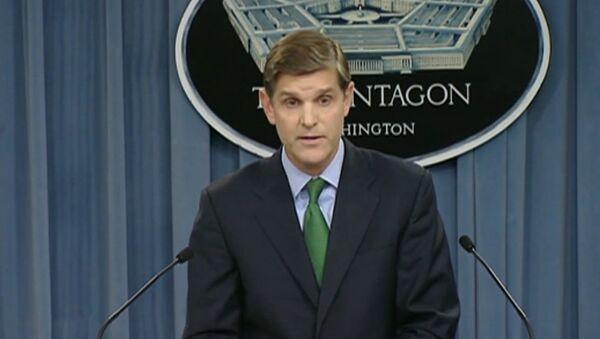 El portavoz del Pentágono, Peter Cook. - Sputnik Mundo