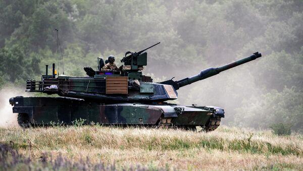 El tanque estadounidense Abrams M1A2 - Sputnik Mundo