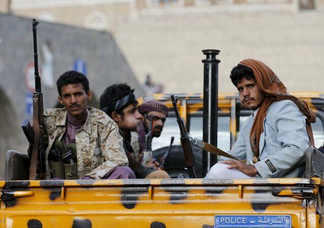 Hutíes en Saná