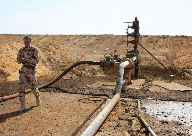 Un yacimiento de petróleo en Homs, Siria (archivo)
