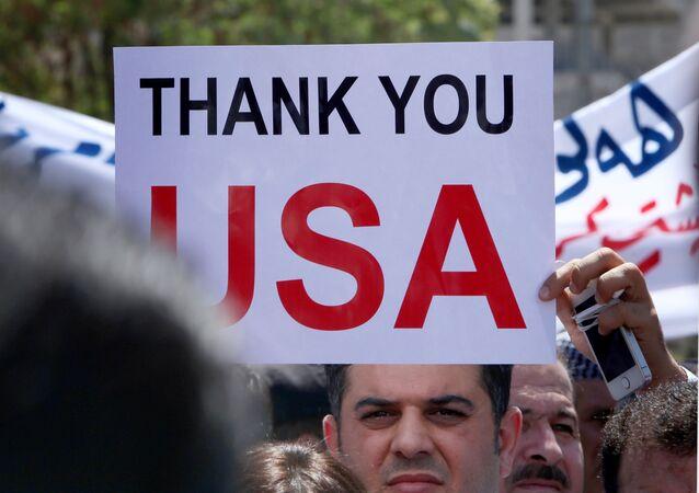 Demonstración en Irak delante del Consulado General de los EEUU en la capital de Kurdistán