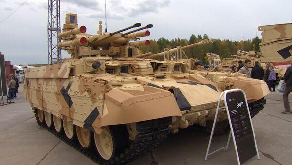 Russia Arms Expo 2015: Terminator-2, véhicule de soutien de chars - Sputnik Mundo