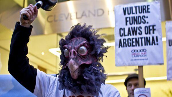 Protesta contra los fondos buitres en Argentina - Sputnik Mundo