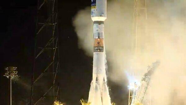 Lanzamiento de Soyuz-ST ruso desde el cosmódromo de Kourou (archivo) - Sputnik Mundo