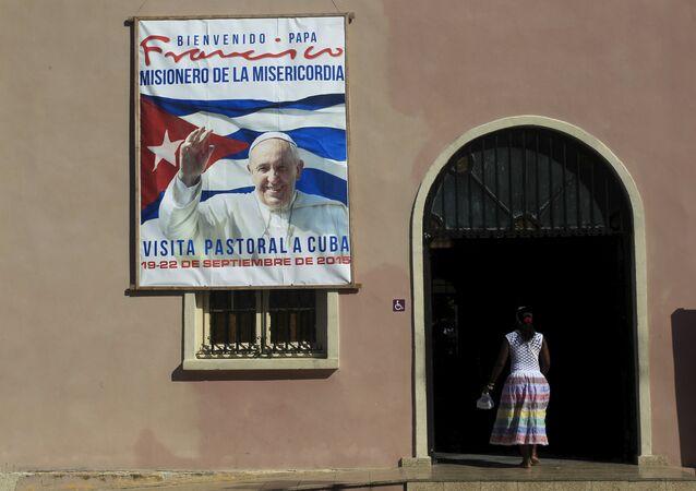 Сartel con la imagen del Papa Francisco