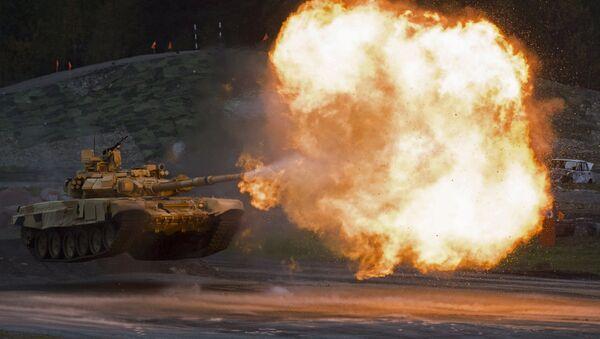Tanque T-90A en la Russia Arms Expo 2015 - Sputnik Mundo
