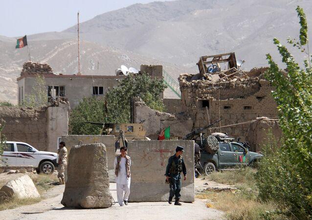 Prisión en la provincia afgana de Ghazni después de la explosión, el 14 de septiembre, 2015