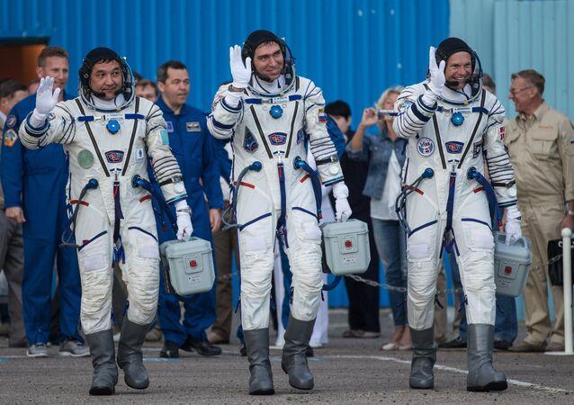 Participantes de la expedición 45/46 a la EEI