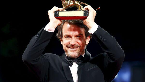 Lorenzo Vigas, director venezolano, recibe el premio León de Oro - Sputnik Mundo