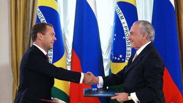 D.Medvedev, primer ministro de Rusia y M. Temer, vicepresidente de Brasil - Sputnik Mundo