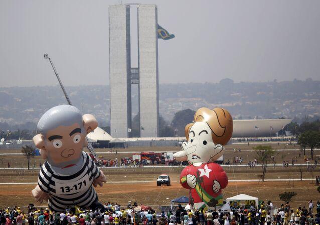 El golpismo contra Rousseff es similar al que sufre Maduro o Correa, avisa miembro del PT