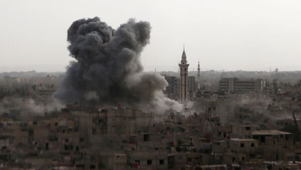 Musulmanes británicos se oponen a los bombardeos en Siria - Sputnik Mundo