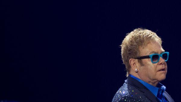 Cantante británico, Elton John - Sputnik Mundo