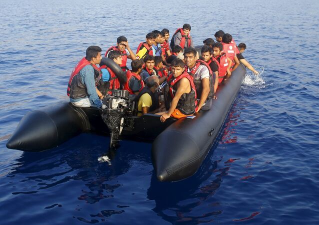 Migrantes cerca de las costas de Turquía