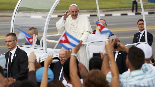 Papa Francisco en la Plaza de la Revolución en La Habana - Sputnik Mundo