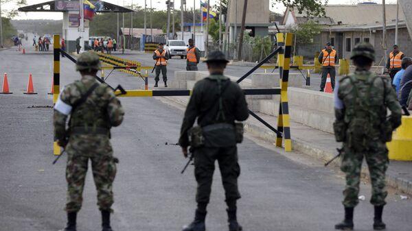 Patrullaje en la frontera entre Venezuela y Colombia (archivo) - Sputnik Mundo