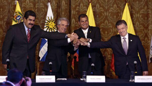 Presidente de Venezuela, Nicolás Maduro, presidente de Uruguay, Tabaré Vázquez, presidente de Ecuador, Rafael Correa, y presidente de Colombia, Juan Manuel Santos - Sputnik Mundo