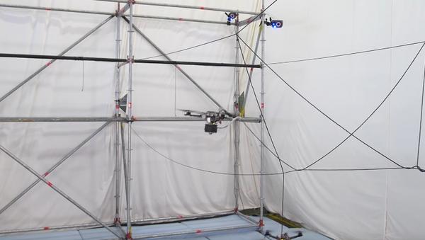 Revolución arquitectónica: los drones pueden construir puentes - Sputnik Mundo