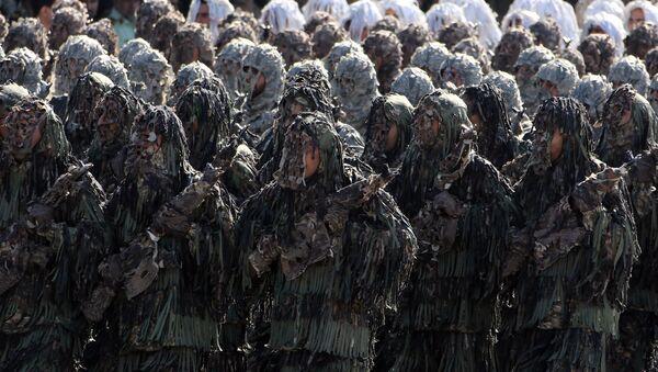 Militares iraníes (archivo) - Sputnik Mundo