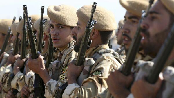 Militares iraníes, foto de archivo - Sputnik Mundo
