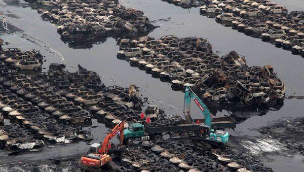 Agua contaminada en Tianjin - Sputnik Mundo