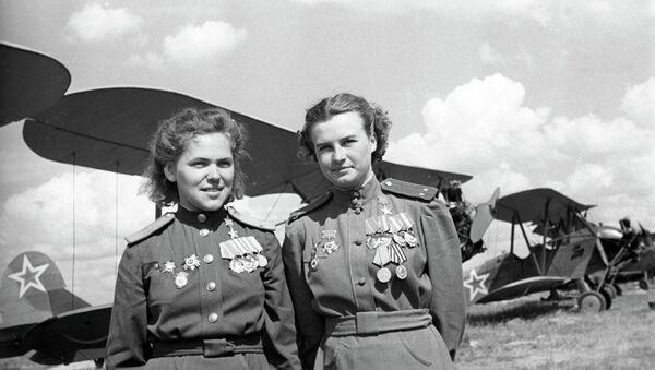Las pilotos legendarias rusas - Sputnik Mundo