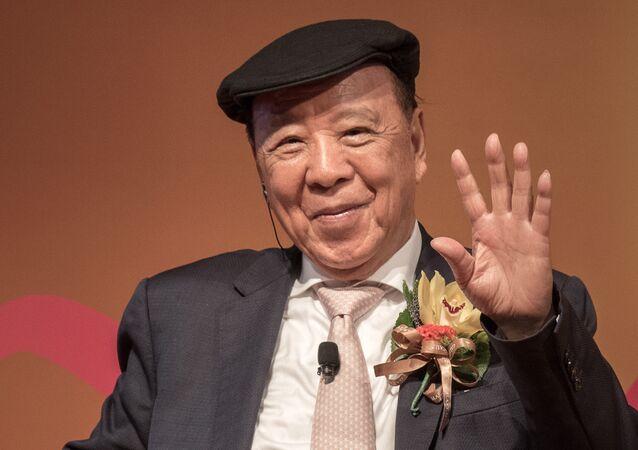 Lui Che-woo, magnate chino