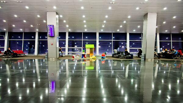 El aeropuerto de Kiev - Sputnik Mundo