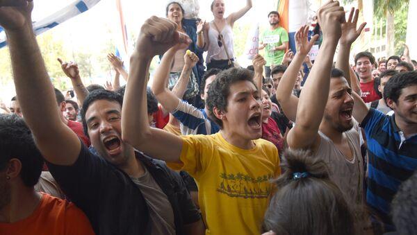 PARAGUAY-UNIVERSITY-STUDENTS - Sputnik Mundo