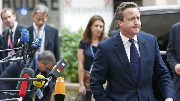 El primer ministro de Reino Unido, David Cameron - Sputnik Mundo