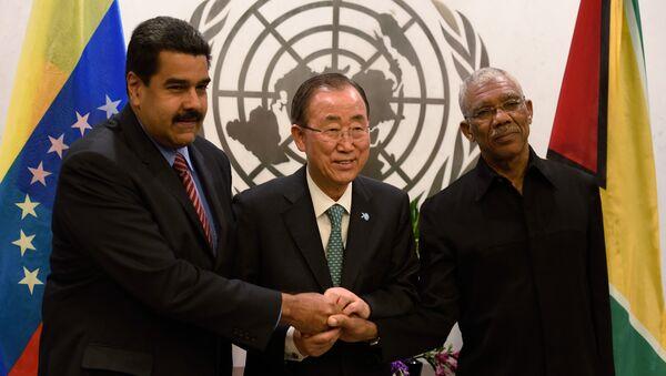 Presidente de Venezuela, Nicolás Maduro, secretario general de las Naciones Unidas, Ban Ki-moon, y presidente de Guyana, David Granger - Sputnik Mundo