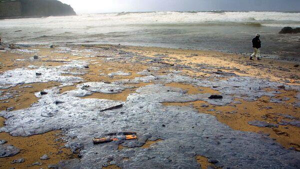 Playa de Bakio afectada por la catástrofe, el País Vasco, España (archivo) - Sputnik Mundo
