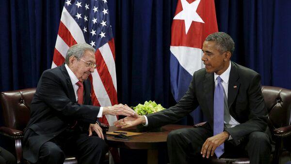 Presidente de Cuba, Raúl Castro y presidente de EEUU Barack Obama - Sputnik Mundo