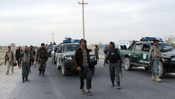 Fuerzas de seguridad afganas hacen guardia (archivo) - Sputnik Mundo