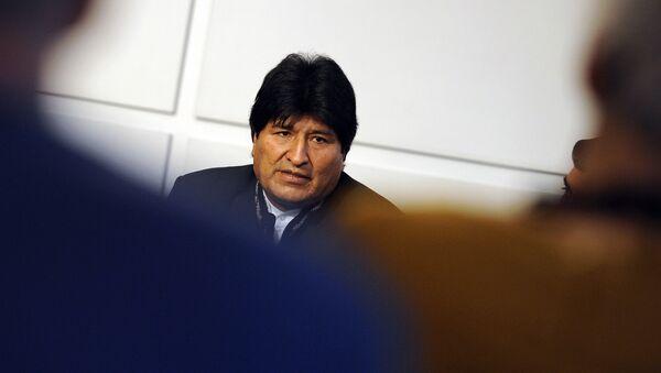 Evo Morales, President of Bolivia, gestures during a press conference on November 3, 2014 in Vienna - Sputnik Mundo