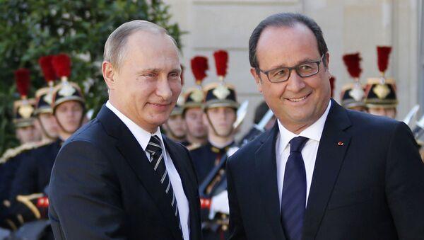 Presidente de Rusia, Vladímir Putin y presidente de Francia, Francois Hollande - Sputnik Mundo