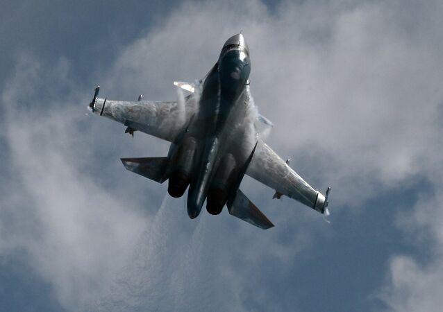 Bombardero táctico Su-34