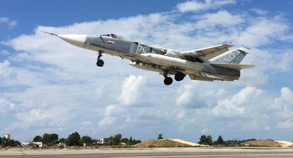 Avión Su-24 ruso en Siria (archivo)