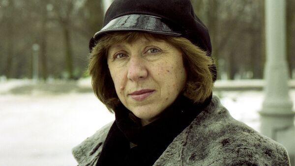 Svetlana Alexievich, escritora y periodista bielorrusa - Sputnik Mundo