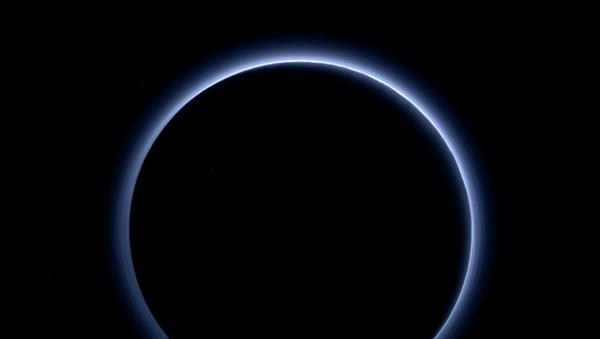 Neblina en torno a Plutón - Sputnik Mundo